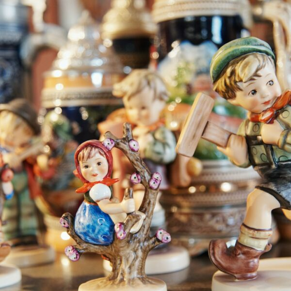 hummel-figurines